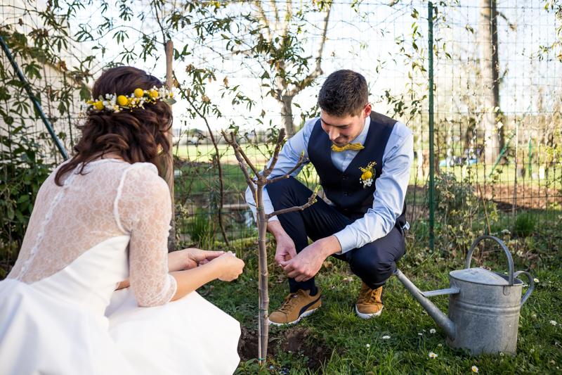 Se marier chez soi for Planter un arbre dans son jardin